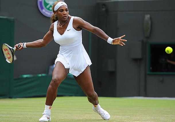 Теннисистку заставили снять трусы фото 383-89
