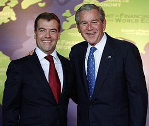 Дмитрий Медведев и Джордж Буш. Фото: Reuters