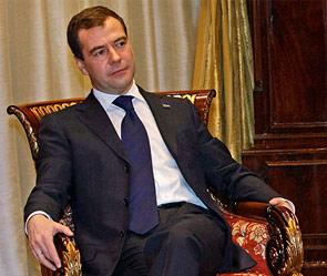 Премьер министр великобритании трахает секретаршу, показал мне член
