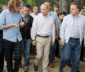 Василий Якеменко, Владимир Путин, Виталий Мутко. Фото: ИТАР-ТАСС