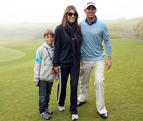 Элизабет Херли с Шейном Уорном и сыном Дэмианом. Фото: Getty Images/Fotobank.ru