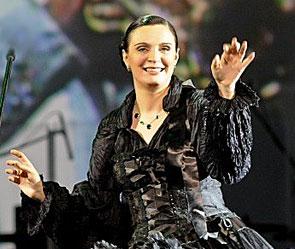 Елена Ваенга. Фото: vaenga.ru