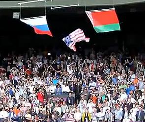 Флаг сша упал от взгляда шараповой