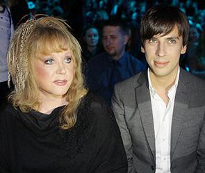 Алла пугачева и ее молодой супруг
