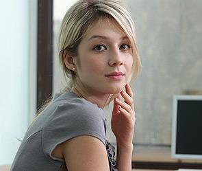 Красивые натуральные блондинки с накаченным прессом картинки фото 121-700