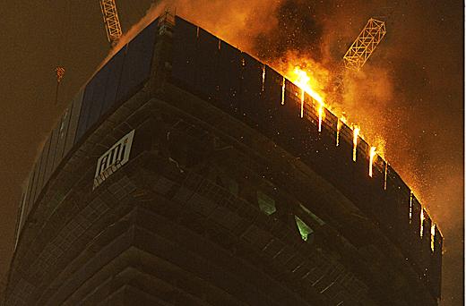Всего в башне выгорело четыре этажа