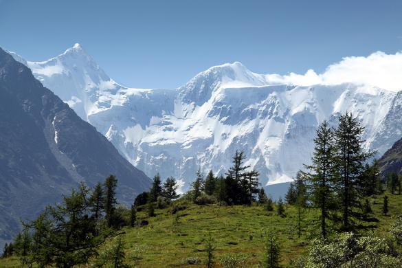 Гора Белуха. Фото: ru.wikipedia.org