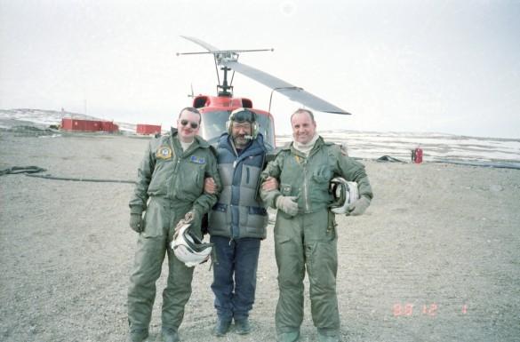 Артур Чилингаров (в центре). Фото: Чилингаров Артур/Фотохроника ТАС