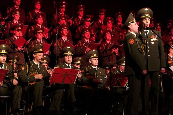 В Российской Федерации посоветовали отправить на«Евровидение» Кобзона ивоенный хор