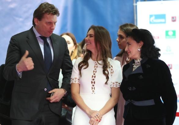 Николай Гуляев, Алина Кабаева и Ирина Винер-Усманова. Фото: Сергей Савостьянов/ТАСС