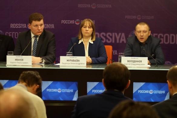Сергей Володенков (справа). Фото:  Общественный штаб реализации президентских программ