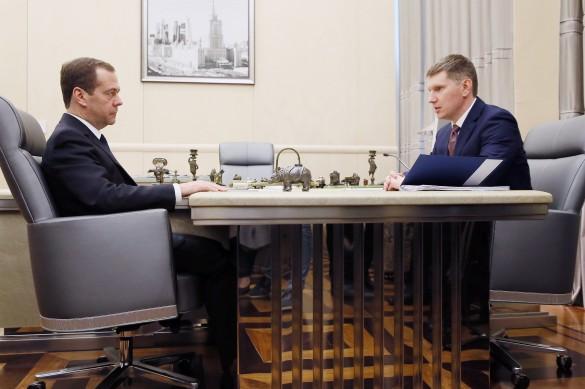 Дмитрий Медведев и Максим Решетников. Фото: Екатерина Штукина/ТАСС