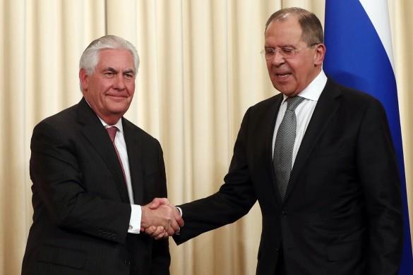 Рекс Тиллерсон и Сергей Лавров. Фото: Станислав Красильников/ТАСС
