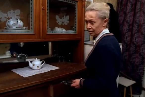 """Светлана Немоляева. Кадр из фильма """"Небеса обетованные"""""""