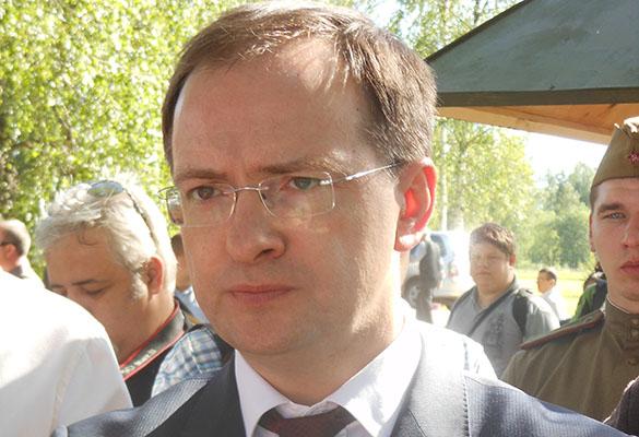 УМедведева назвали вакханалией скандал Поклонской о кинофильме  сцарем