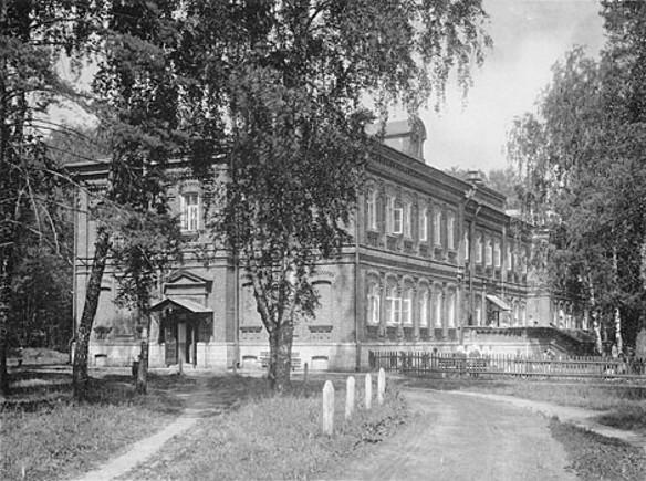 Больница № 1 имени Алексеева (бывшая им. Кащенко) Фото: wikipedia.org