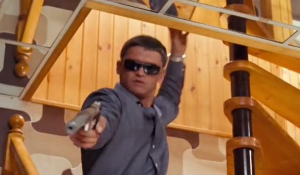 """Кадр из фильма """"Капкан для килера"""""""