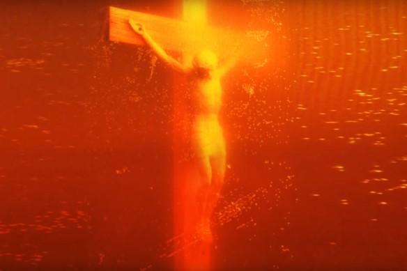 """Piss Christ"" Андрес Серрано. Кадр youtube.com"
