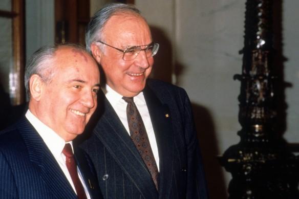 Михаил Горбачев и Гельмут Коле. Фото: GLOBAL LOOK press