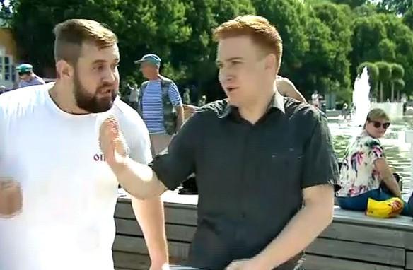 Корреспондент Никита Развозжаев (справа). Фото: ntv.ru