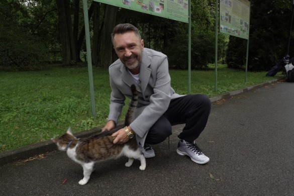 Сергей Шнуров стал ведущим программы «Главный котик страны»