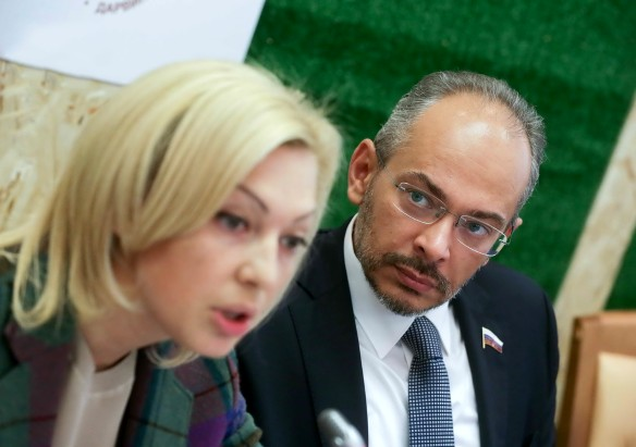Ольга Тимофеева и Николай Николаев. Фото: duma.gov.ru