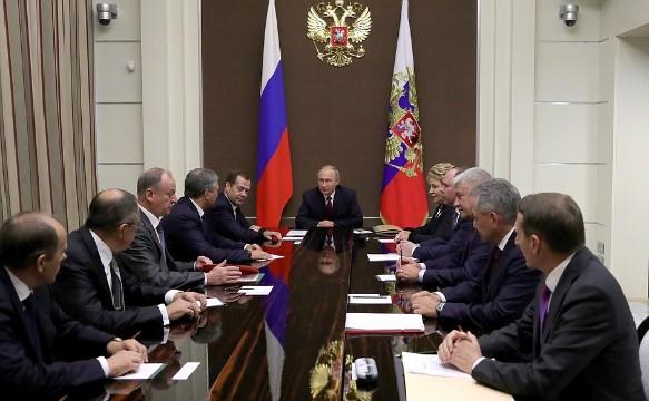 Владимир Путин на совещание с постоянными членами Совета Безопасности. Фото: kremlin.ru