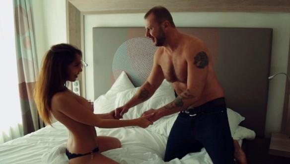 Питерское порно вконтакте, домашнее порно видео кончает в нее