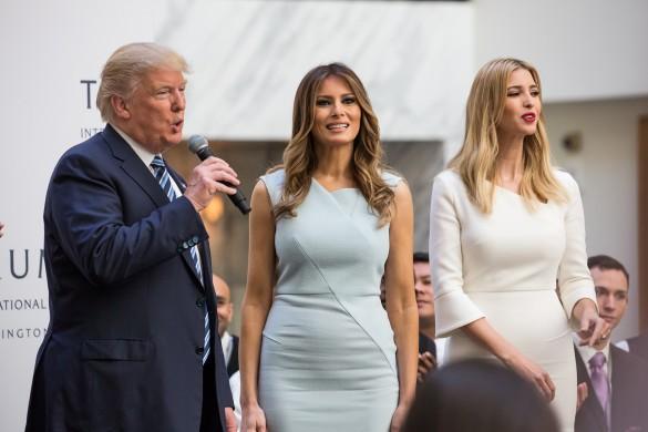 Дональд, Меланья и Иванка Трамп. Фото: GLOBAL LOOK press/Cheriss May/