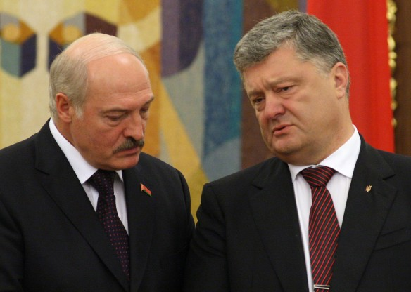 Александр Лукашенко и Петр Порошенко. Фото: GLOBAL LOOK press