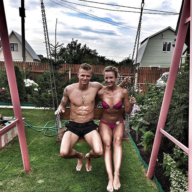 Откровенные фото российских жен спортсменов фото 317-510