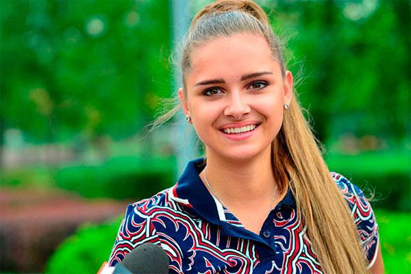 Каролина Севастьянова голая и сексуальная. Лучшие эротические фото Каролина Севастьянова
