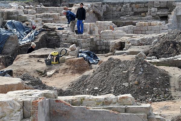 Археологи нашли клад вкабинете директора музея вТвери