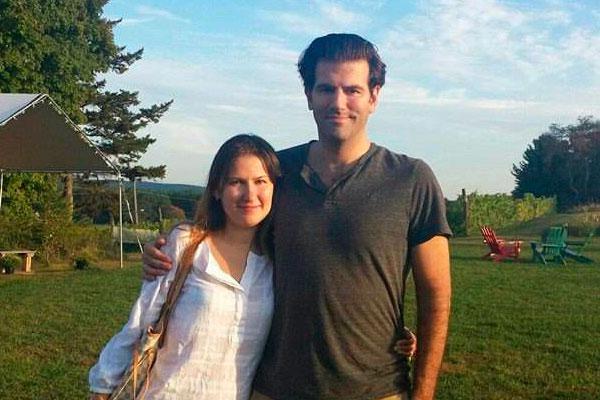 Николас соукерас с женой ксенией фото