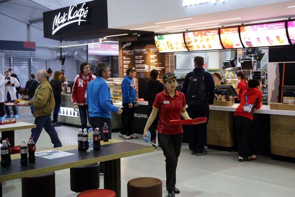 Министра связи очень беспокоит Wi-Fi в McDonald's