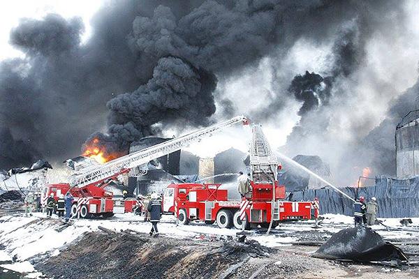 ГосЧС рапортовала оликвидации пожара нанефтебазе