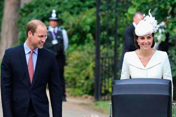 Принц Уильям и Кейт Миддлтон с дочерью. Фото: GLOBAL LOOK press