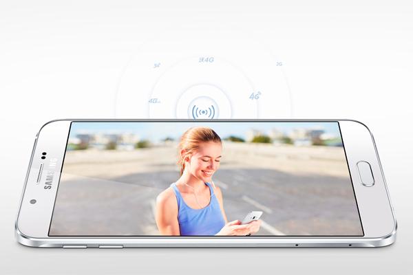 Samsung представил самый тонкий смартфон