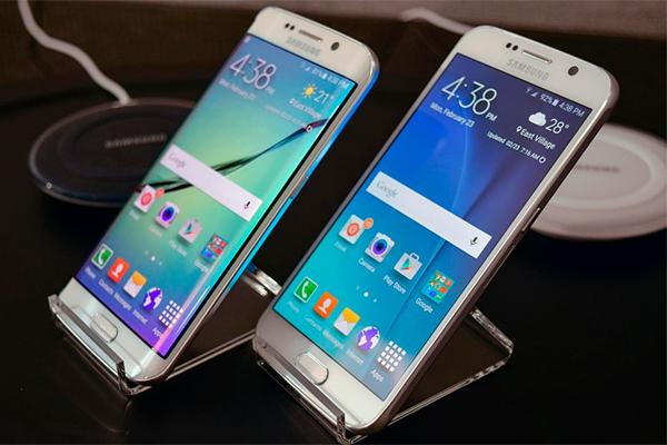 Samsung представила два новых смартфона