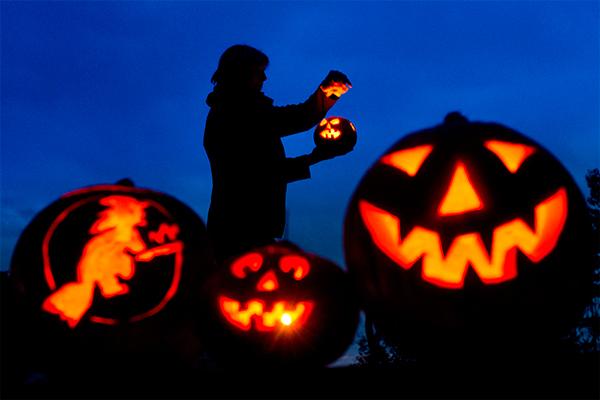 где отметить хеллоуин: