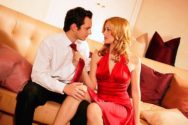 Если муж не трахает видео скандал!
