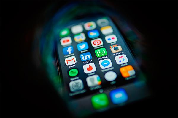Apple выпустит 4-дюймового убийцу iPhone 7