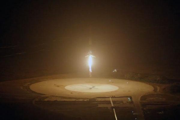 SpaceX перенесла первый после катастрофы запуск ракеты Falcon 9