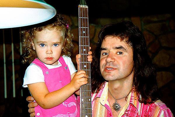 Евгений Осин с дочкой. Фото: e-osin.com