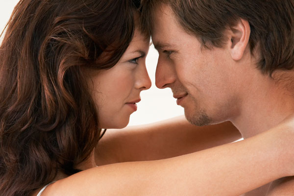 Женщины влюбляются с шестого взгляда