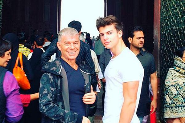 Олег Газманов с сыном Филиппом. Фото: instagram.com/philgazmanov