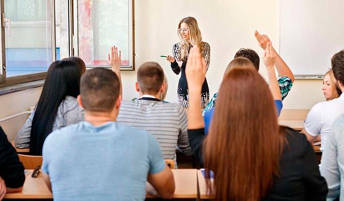 Студенты хотят зарабатывать сразу и много