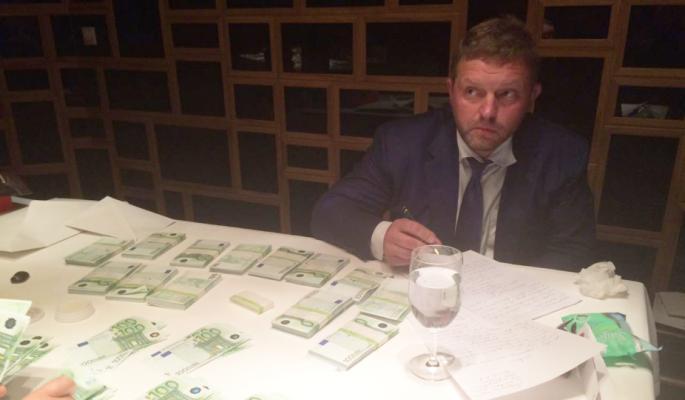 """Фигурирующая в деле о взятке Белых компания оказалась связана с """"Кировлесом"""""""