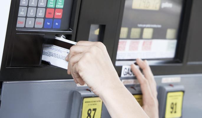 Российские банки возобновили кредитование молодежи