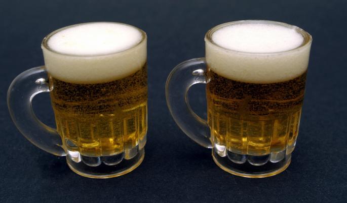 Россия увеличила поставки пива на Украину после эмбарго